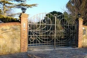 gate-3-iron