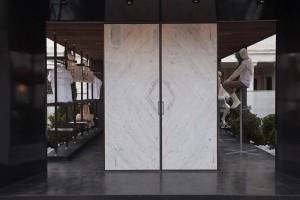 Stand Marble Weeks_Carrara_1
